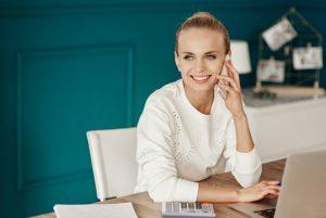7 tips to improve customer service communication.